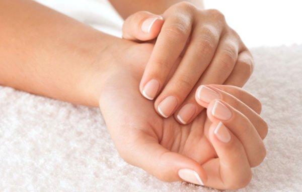 Tratamente homemade pentru intretinerea unghiilor