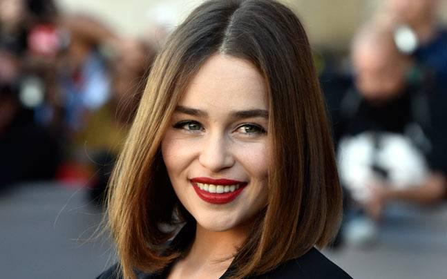 Totul despre frumusetea naturala de la Emilia Clarke